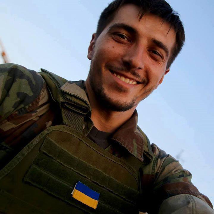 Гурняк Віктор Петрович солдат—Книга пам′яті загиблих за Україну— Український меморіал